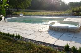 piscine gite domaine merlein